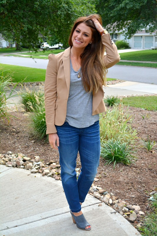 tan zara blazer, gray tee, gap jeans, steven mules, ashley from lsr