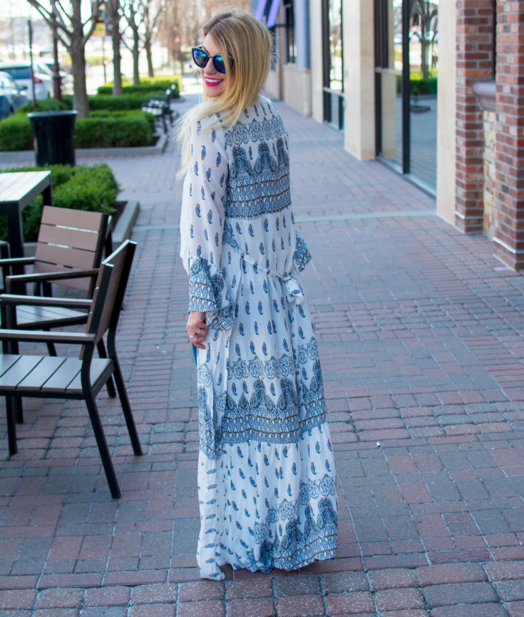 Wearing a Dress as a Duster for Spring. | Ashley from Le Stylo Rouge