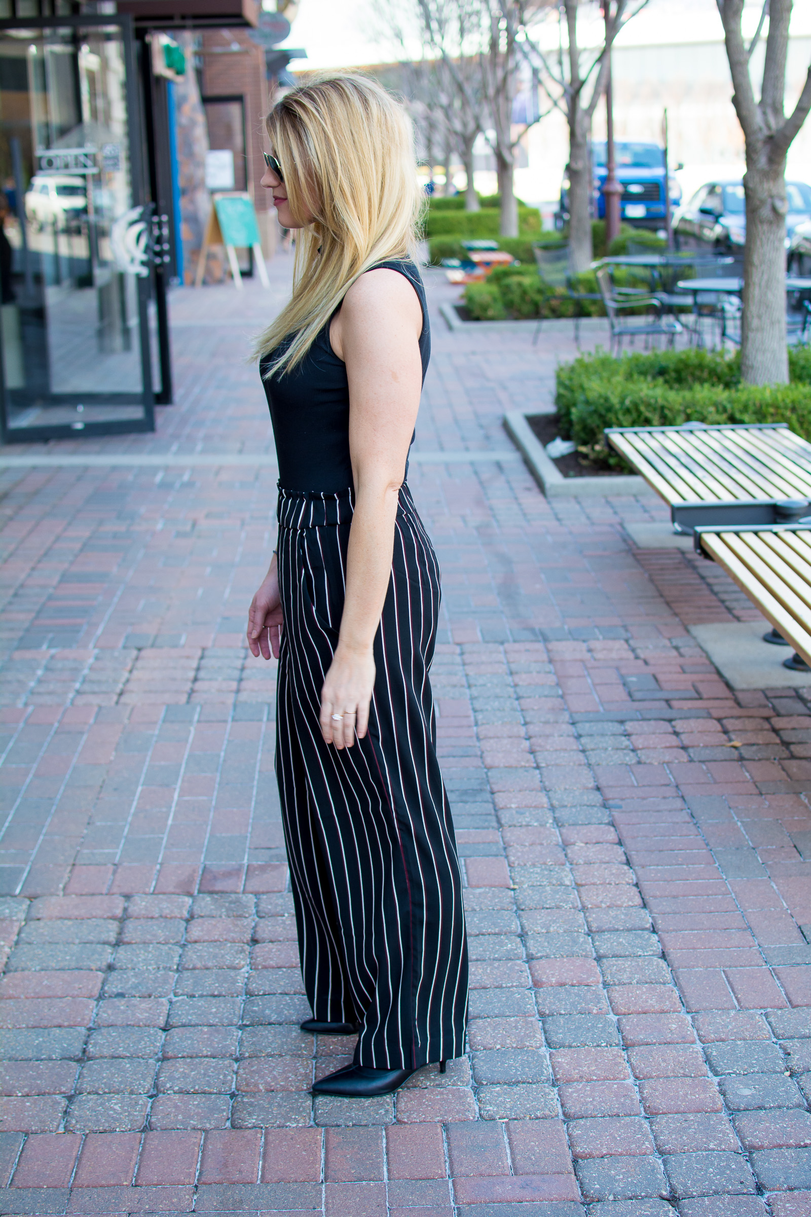 How to Wear Wide-Leg Pants. | Ashley from Le Stylo Rouge
