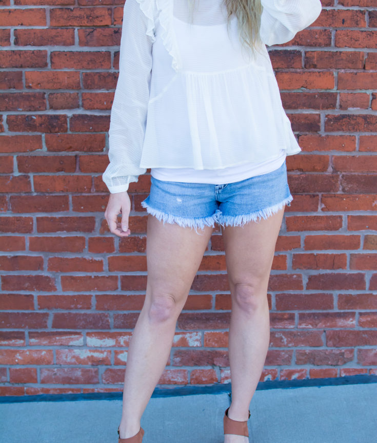 Dressing Up Cutoff Denim. | Ashley from Le Stylo Rouge
