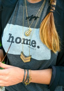 the home tee, madewell necklace, bauble bar signature necklace, ashley from lsr