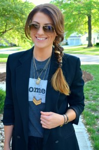 ashley from lsr, the home tee, madewell necklace, ray ban aviators, boyfriend blazer