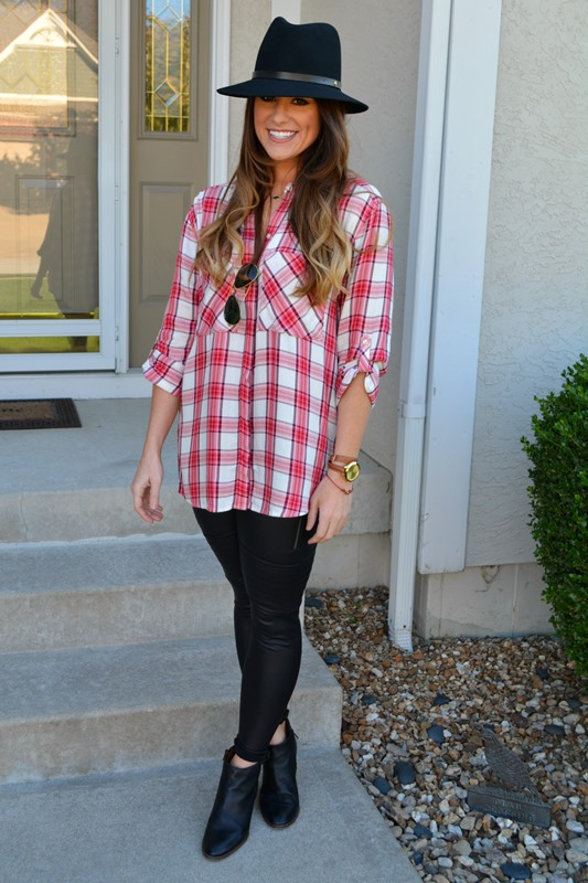 express plaid shirt, scuba leggings, madewell billie boots, rag and bone floppy fedora, ashley from lsr