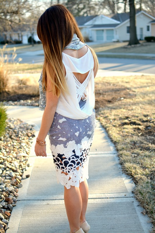 ashley from lsr, joa floral laser skirt, vacationer scarf, nude pumps