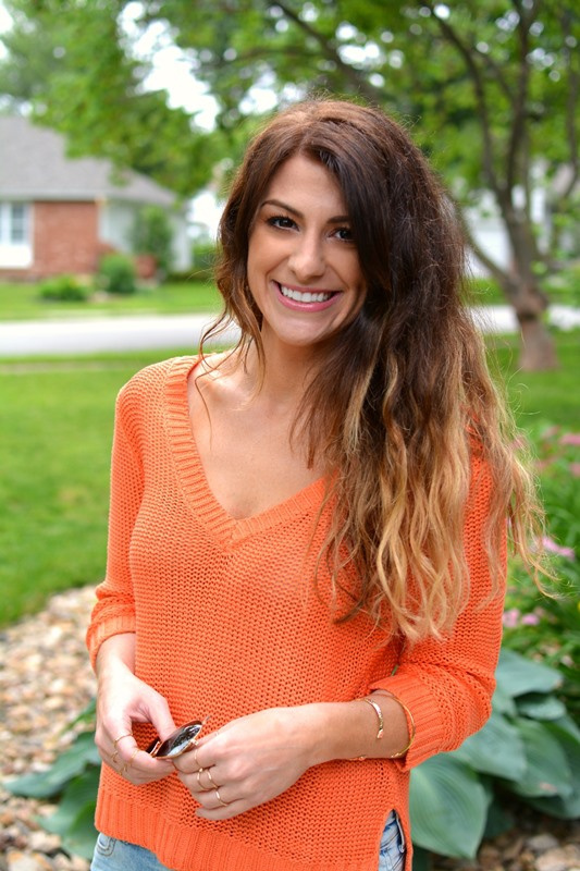 ashley from lsr, orange h&m sweater, h&m girlfriend jeans
