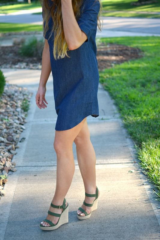 ashley from lsr, forever21 denim dress, olive green wedges