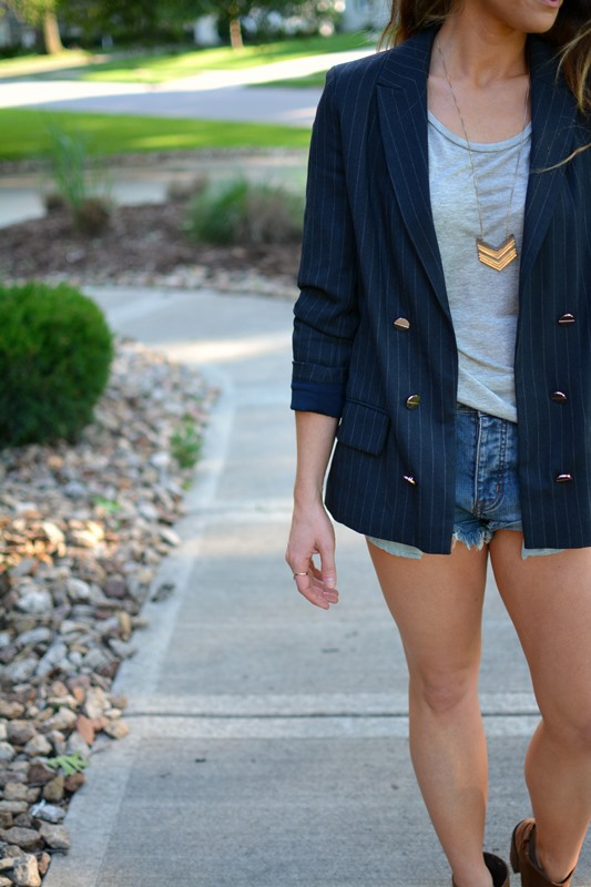 ashley from lsr, pinstriped blazer, one teaspoon bandit shorts