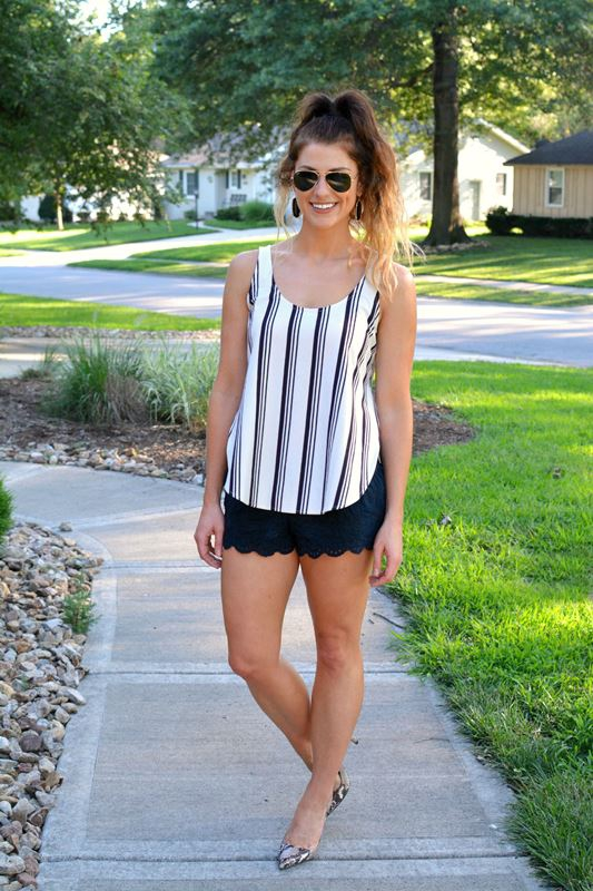 ashley from lsr, striped madewell tank, lace shorts, snake skin pumps