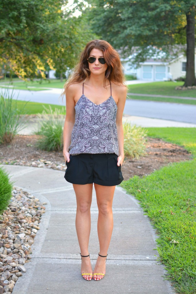 ashley from lsr, express barcelona cami, color block and mixed print sandals
