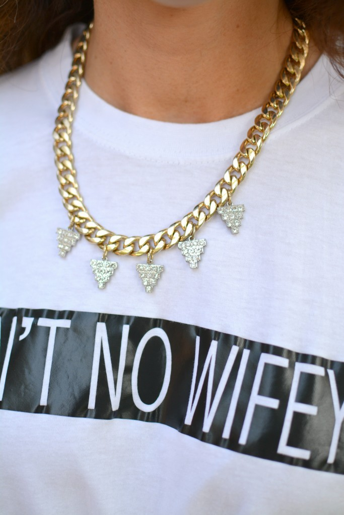 Ashley from LSR in an Ain't No Wifey tee.