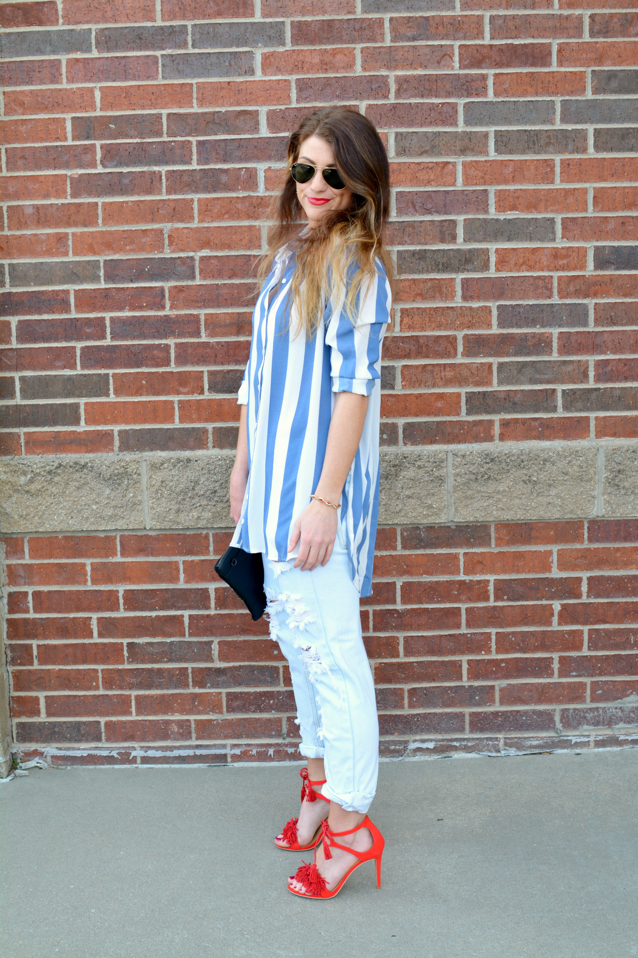 Boohoo Spring Break In A Striped Shirt Le Stylo Rouge
