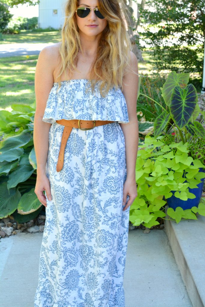 Ashley from LSR in a printed linen maxi dress and linea pelle belt