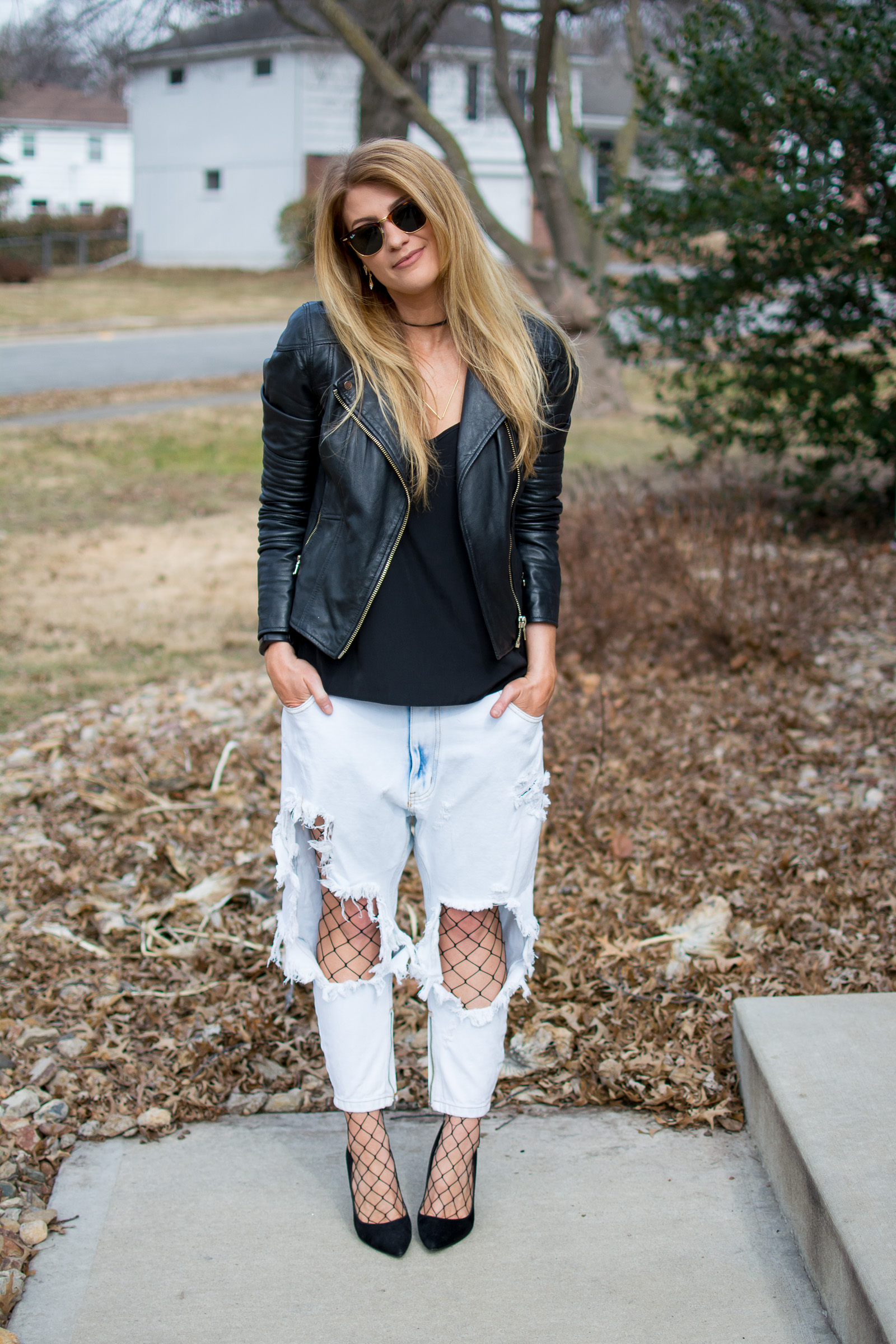Super Destroyed Denim Jeans, Fishnets, and a Leather Jacket | Ashley from Le Stylo Rouge