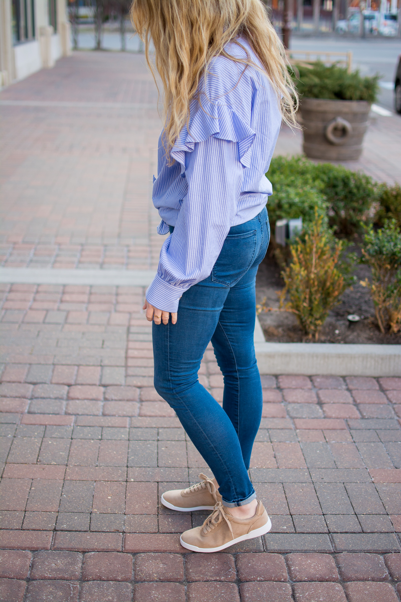 Oversized Blue Striped Shirt + Camel Sneakers. | Ashley from Le Stylo Rouge