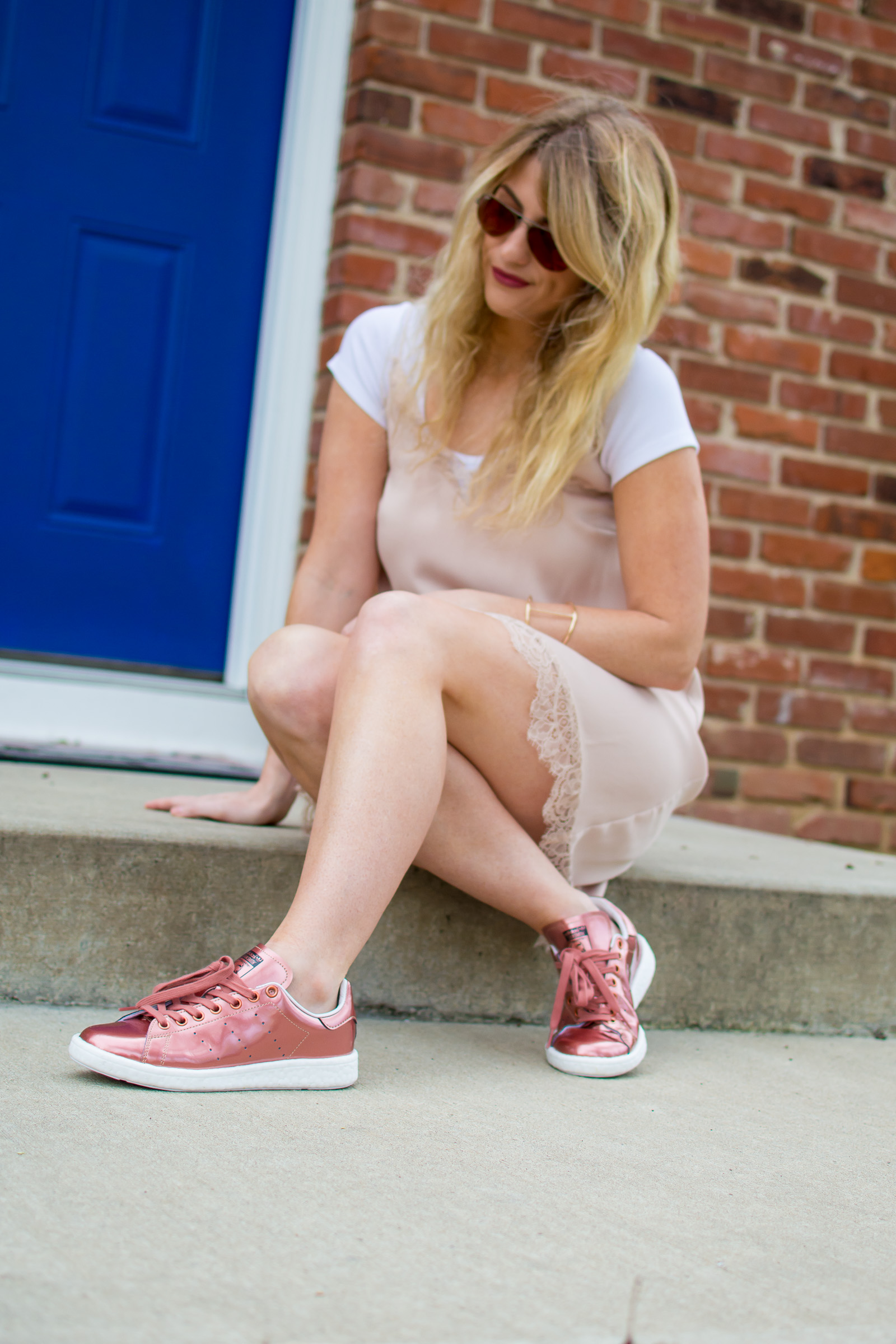 Outfit Idea: Slip Dress with Sneakers. | Ashley from Le Stylo Rouge