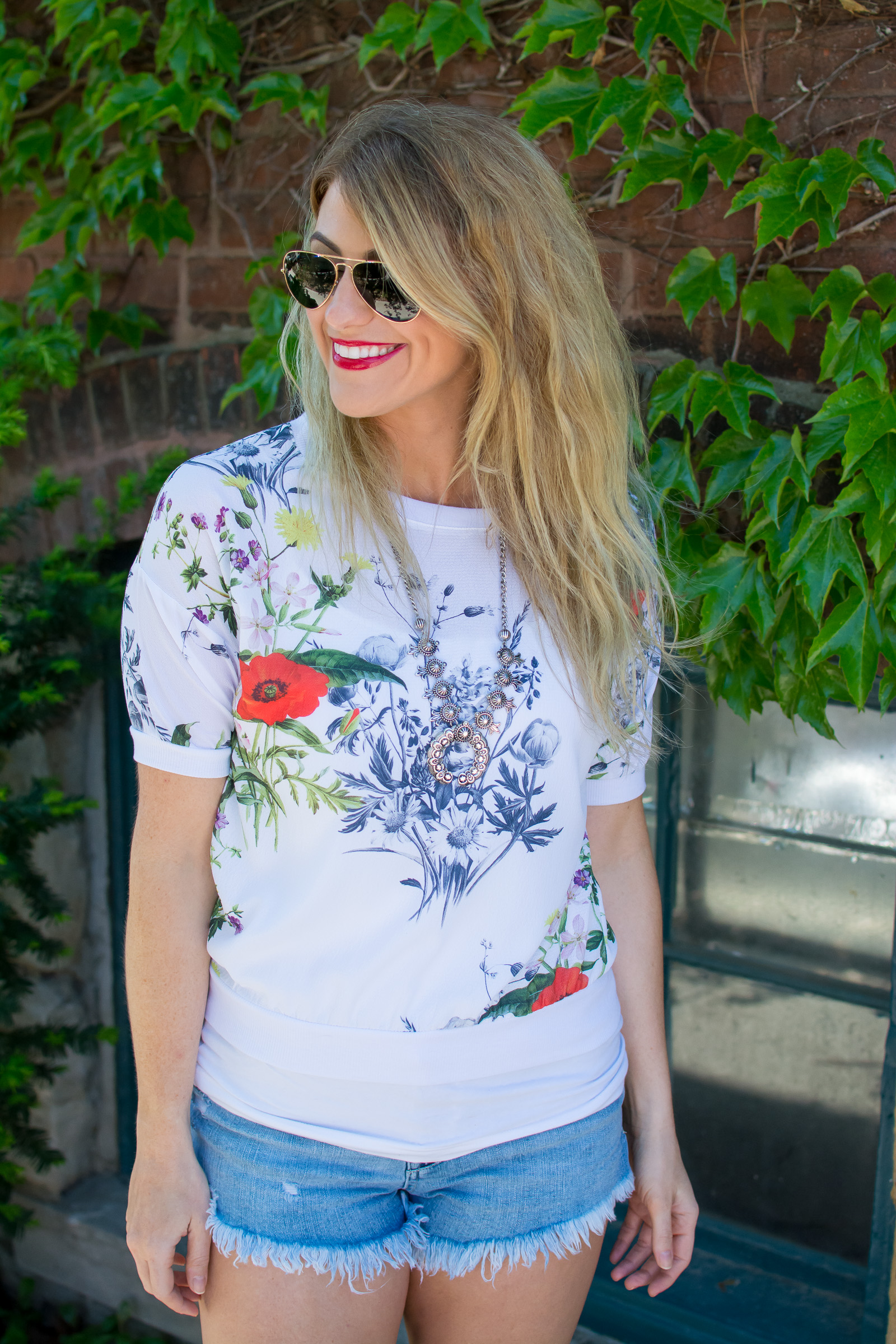 Floral Crewneck +Cutoffs to Kick Off Summer. | Ashley from Le Stylo Rouge