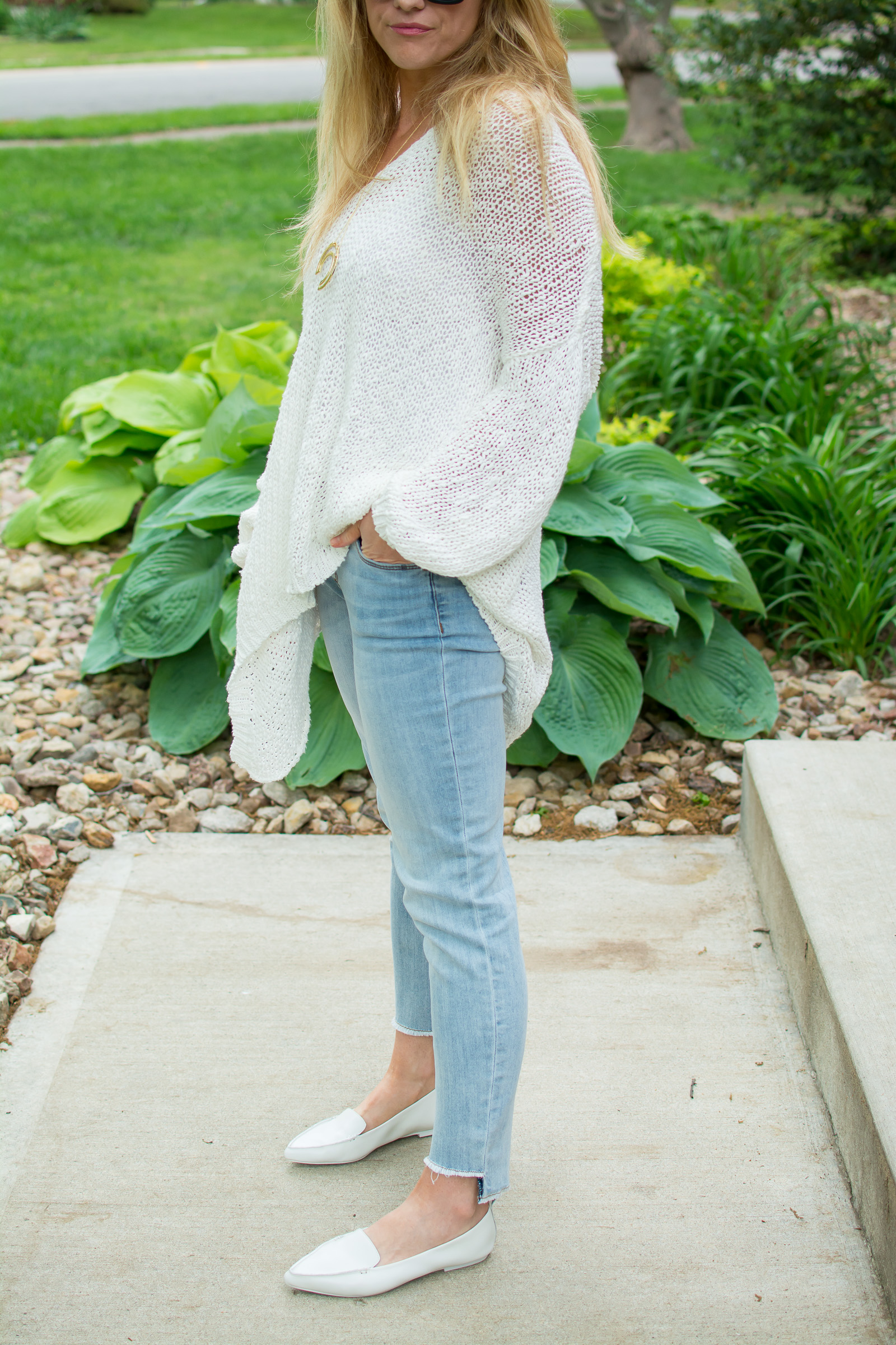 Styling Spring Whites with a Free People Sweater. | Ashley from LSR
