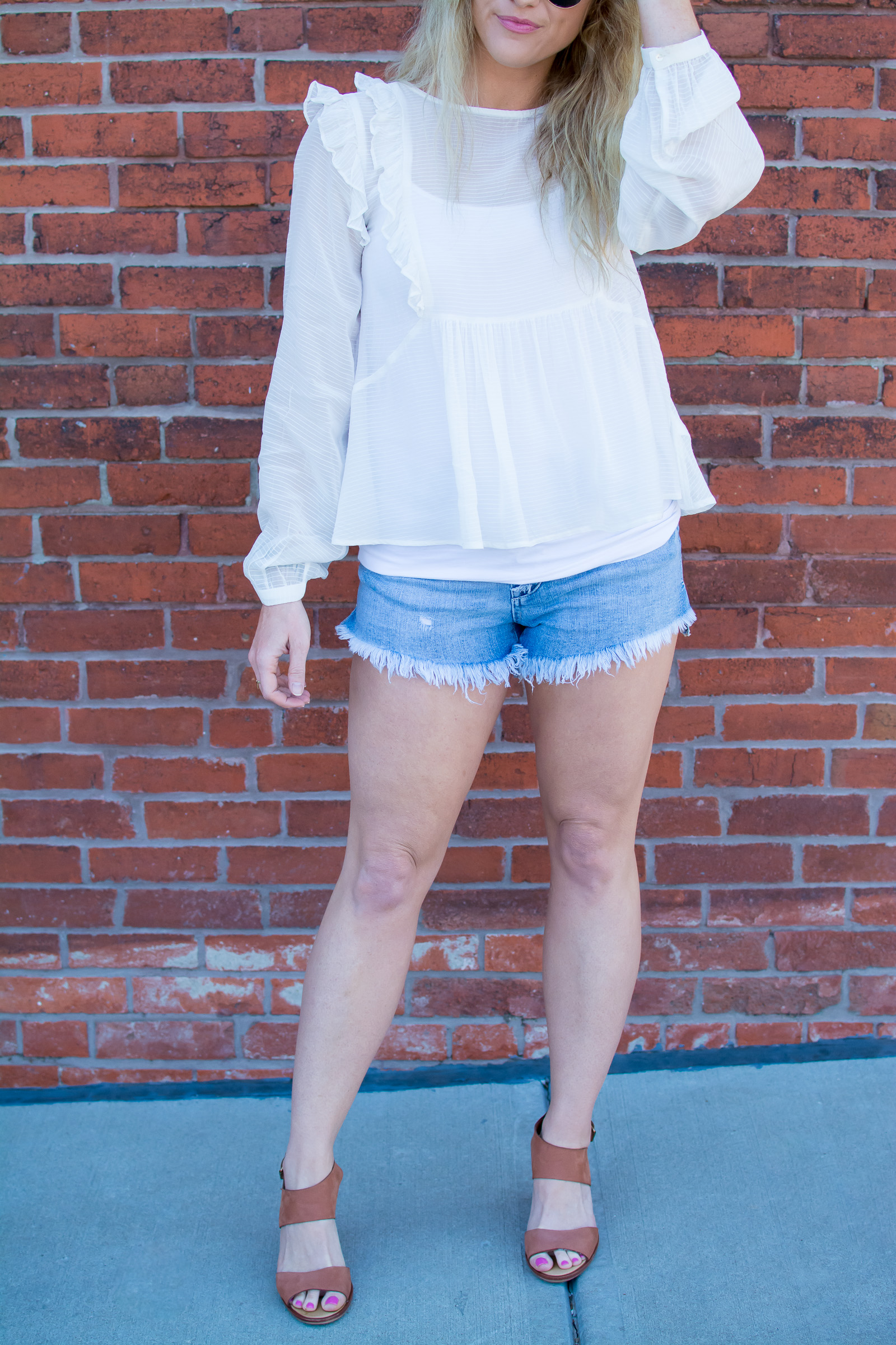 Dressing Up Cutoff Denim with Wedges. | Ashley from Le Stylo Rouge