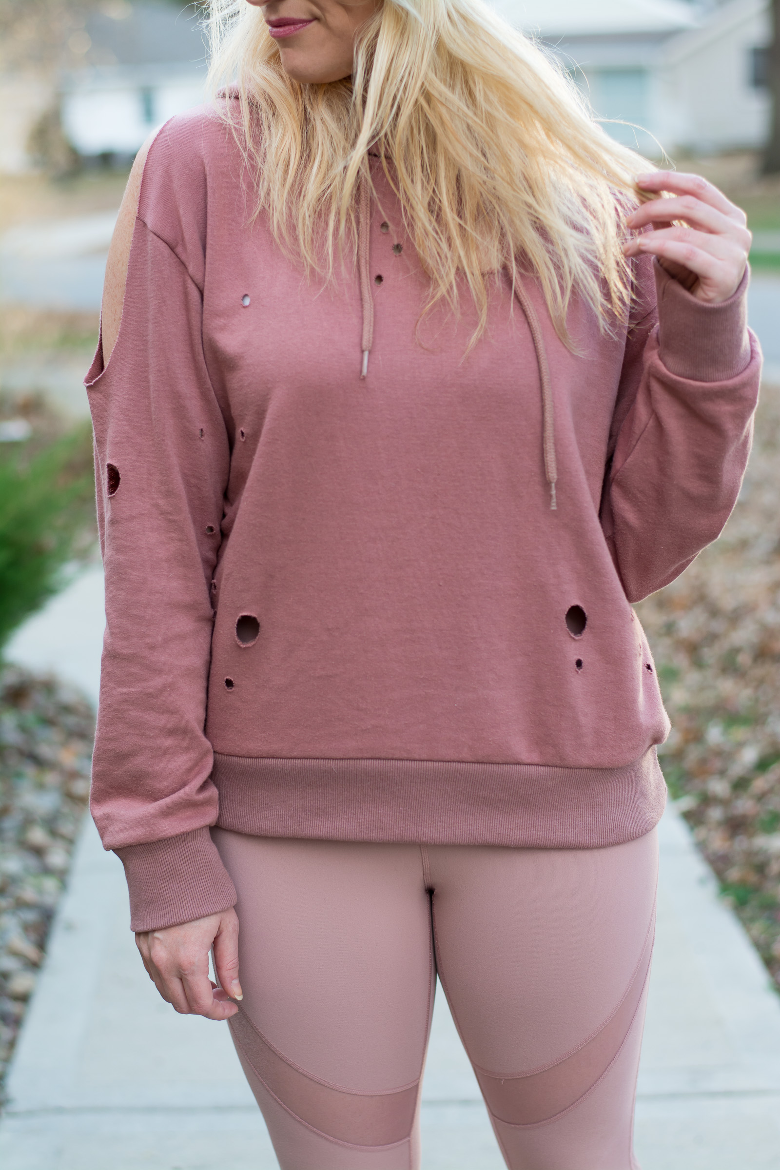 Winter Outfit: All Blush Everything. | Ashley from Le Stylo Rouge